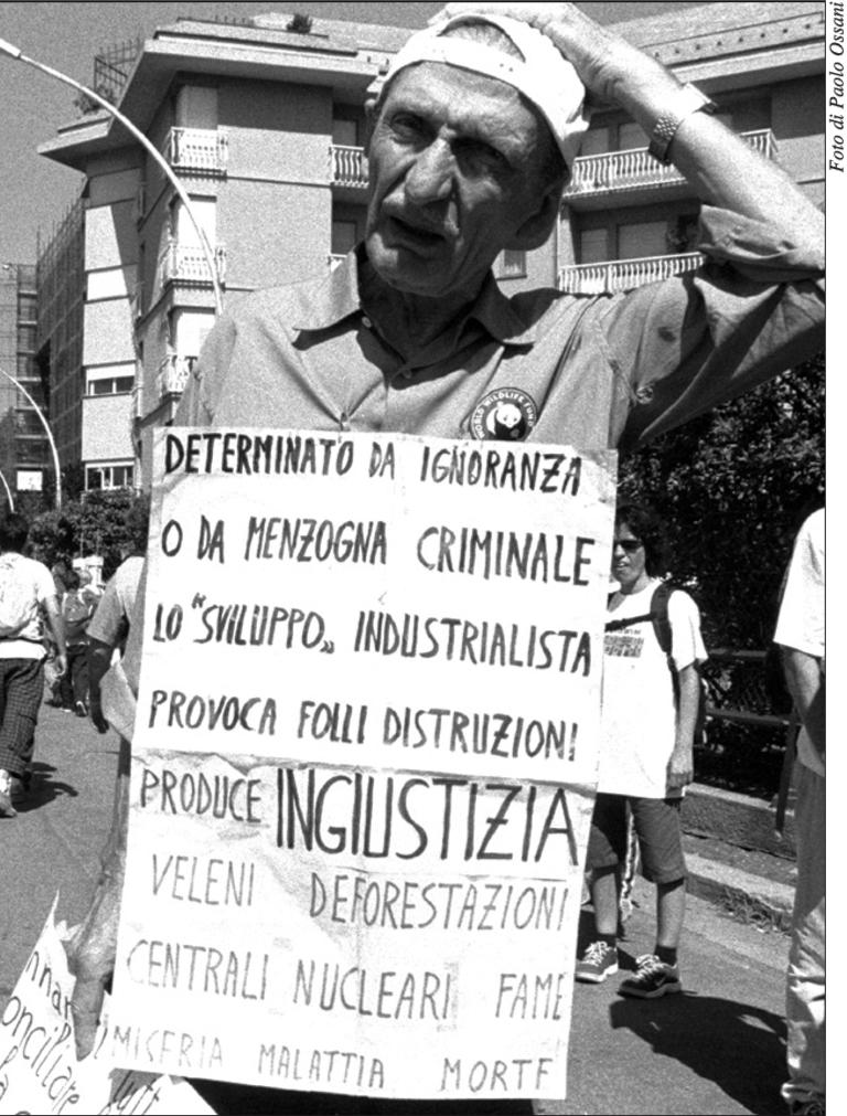 2 fotoDallaChiesa Genova2001